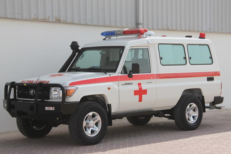 5470-toyota-land-cruiser-hzj78-ambulance-4x4-1-.jpg