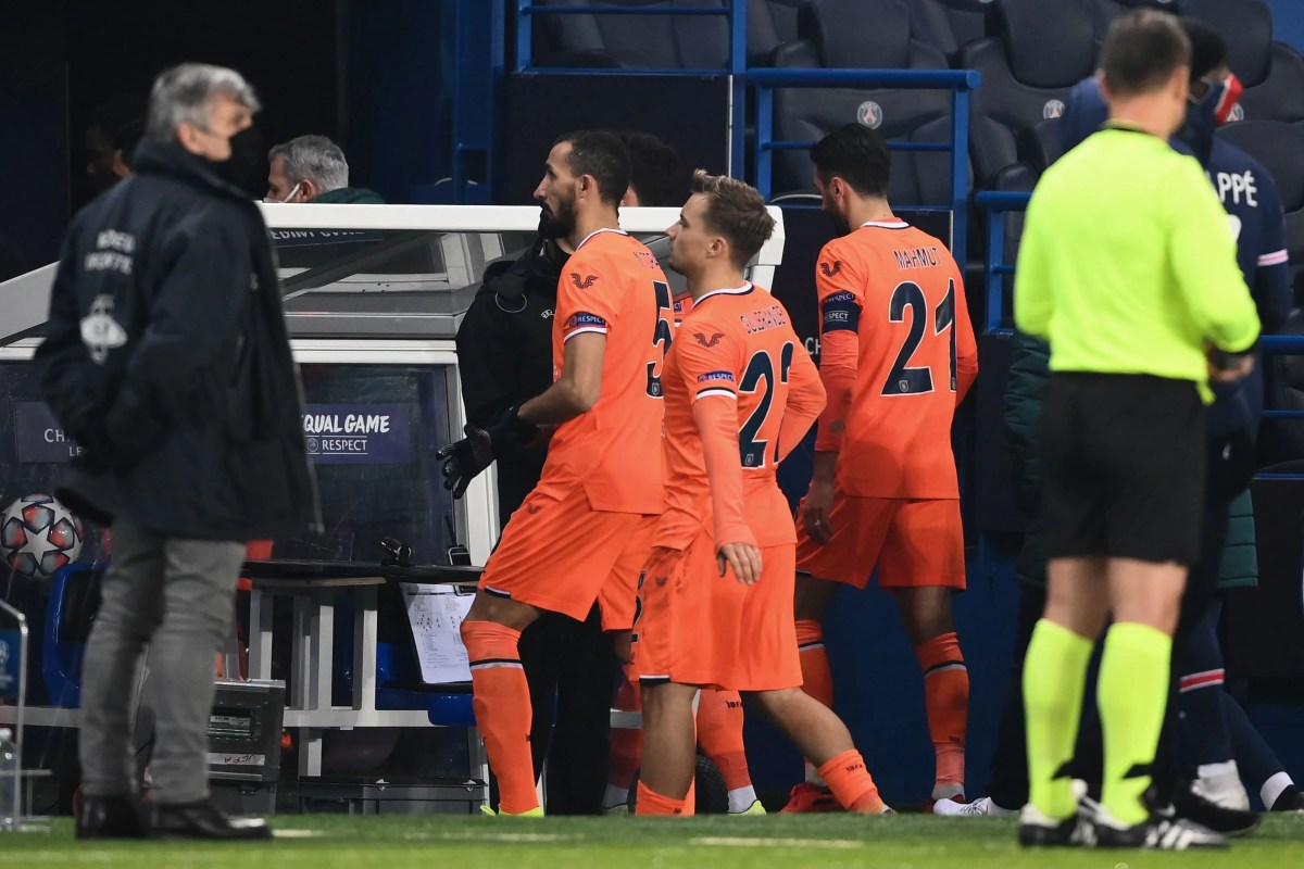 PSG vs Istanbul Basaksehir Champions League match delayed after teams walk  off; visitors tweet: 'No to racism' | Evening Standard