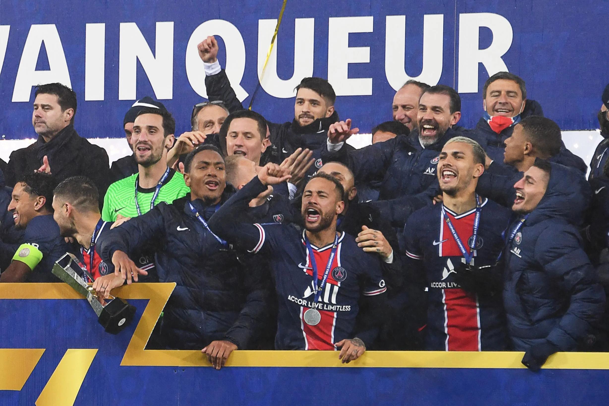 mauricio pochettino wins first trophy