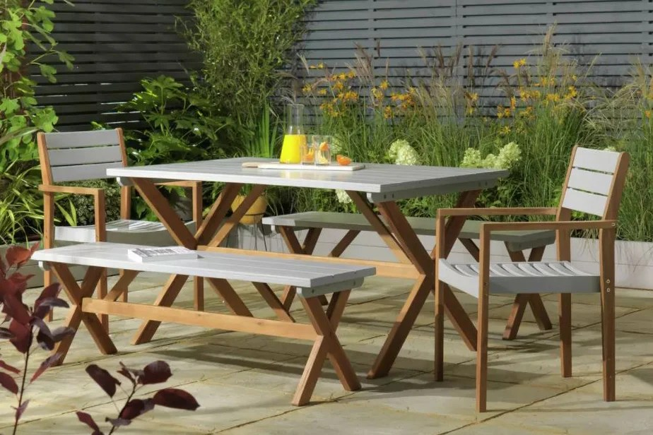 https www standard co uk shopping esbest home garden best garden furniture a3778206 html