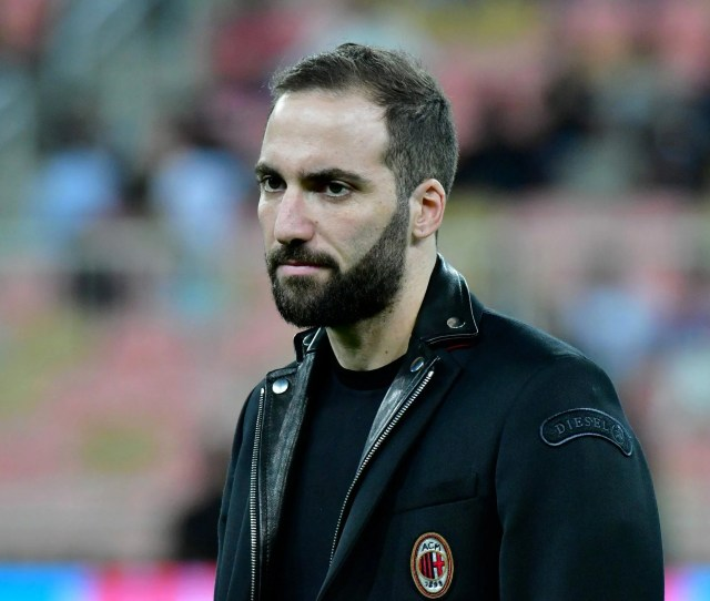 Gonzalo Higuains Arrival Should Help Everyone At Chelsea Especially Eden Hazard