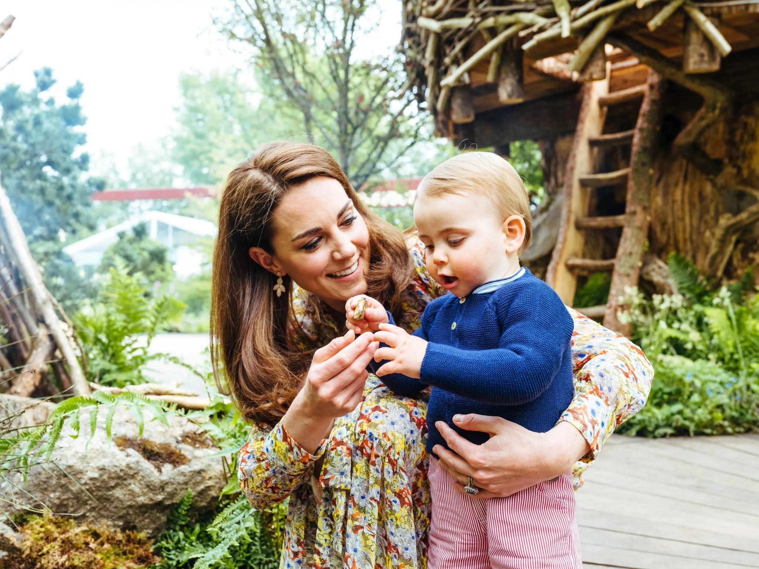 sei68391971 Adorable photos of Royal Family in Kate Middleton's Chelsea Flower Show garden released