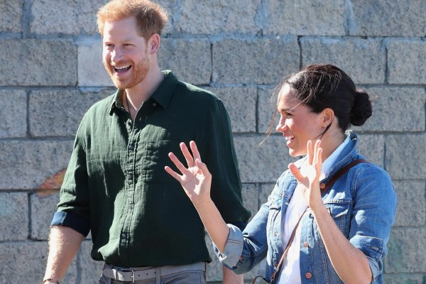Harry and Meghan head to beach to meet surfers on second day of tour