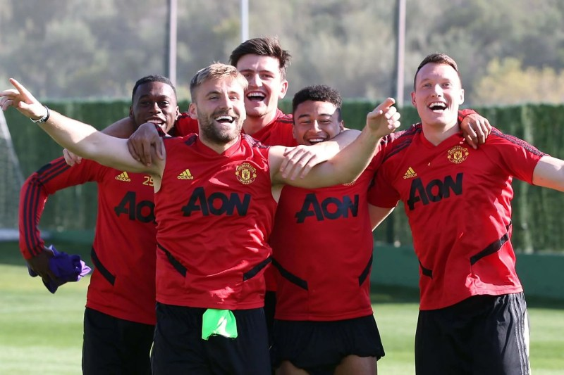 Odion Ighalo gives Manchester United squad a boost in first ...