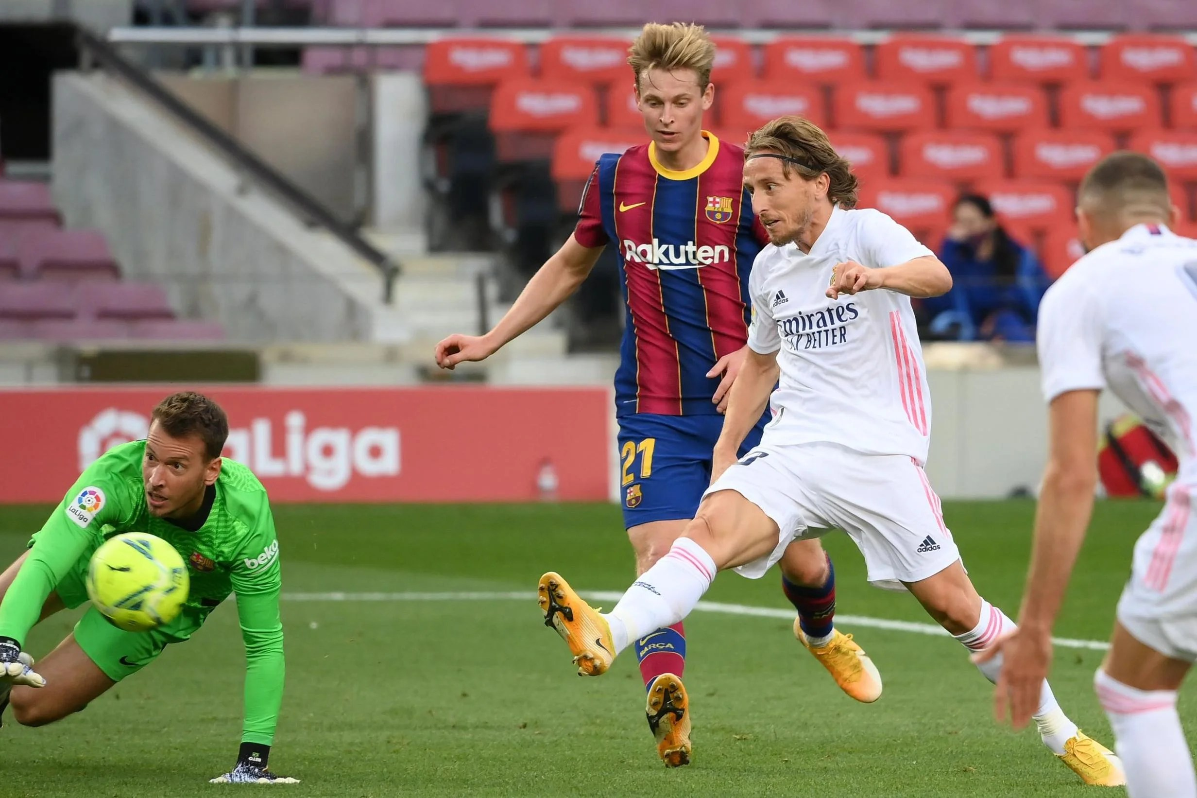 FC Barcelona 1-3 Real Madrid LIVE! El Clasico 2020 match stream, result and  reaction to Sergio Ramos penalty | London Evening Standard
