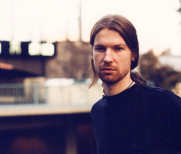 Aphex Twin Shares New Track, 'tnodvood104'