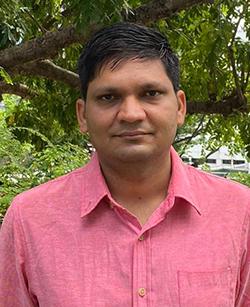 Dr Mukesh SAINI
