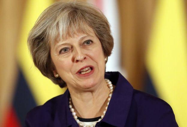 La primera ministra de Reino Unido, Theresa May, ha anunciado que pretende activar el artículo 50 en marzo del año que viene.