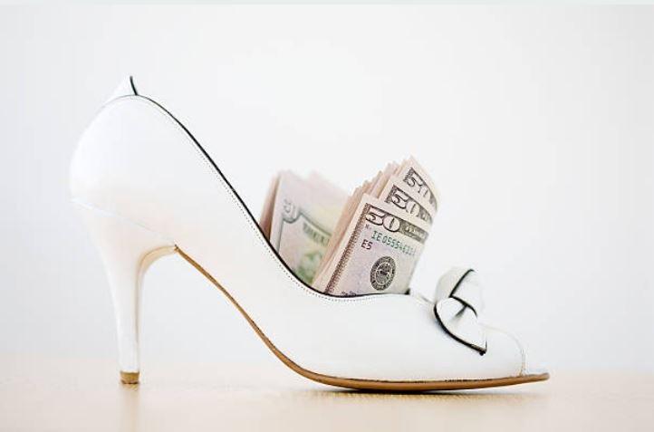 Dinero en los zapatos para el Año Nuevo