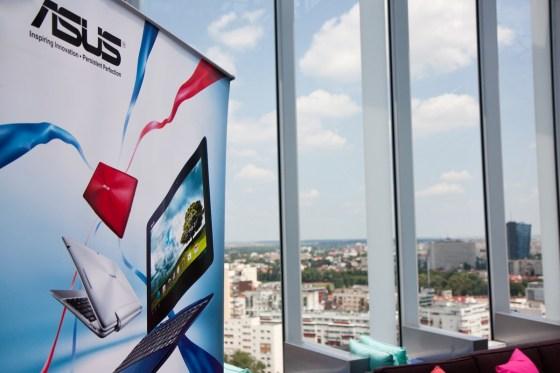 De sus, Bucureștiul oferă o priveliște deosebită