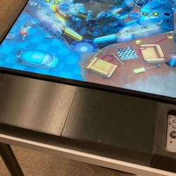 This 3D-printed gadget turns your Switch into a stand-up pinballmachine
