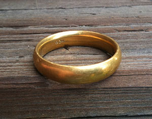 24 carat wedding ring found in Marin County