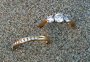 Lost wedding and engagement rings found