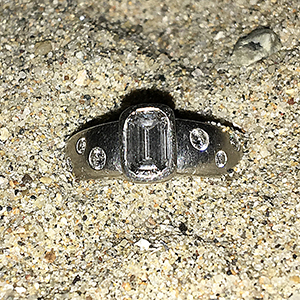 Tami's lost platinum engagement ring, found on santa cruz geach