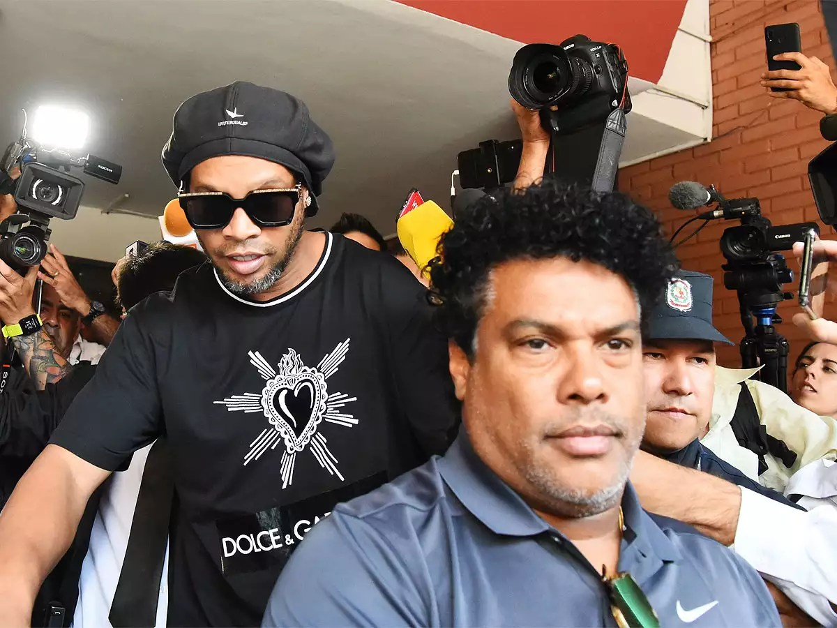 Covid-19 Ronaldinho