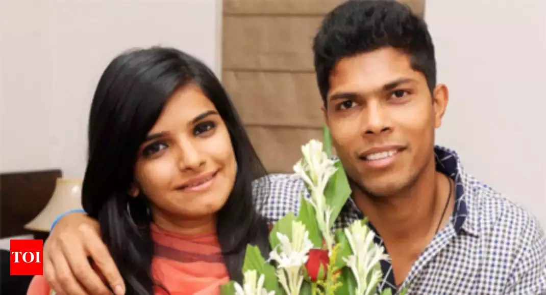 I Don't Like That Umesh Is Tall And I'm Short: Tanya