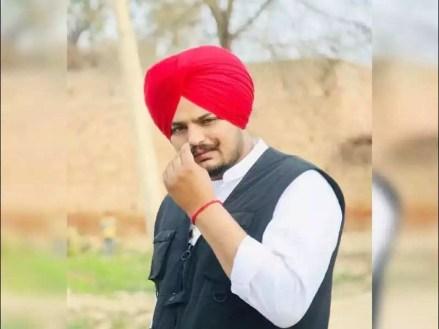 Despite multiple FIRs, Punjabi singer Sidhu Moose Wala evades law    Ludhiana News - Times of India