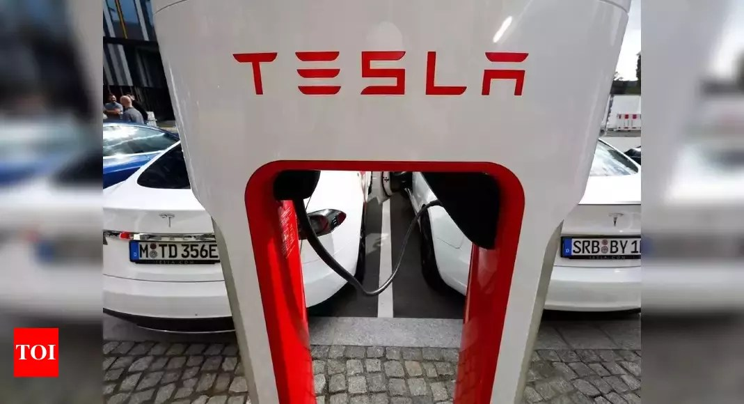 Tesla posts record deliveries in first quarter, beats estimates – Times of India