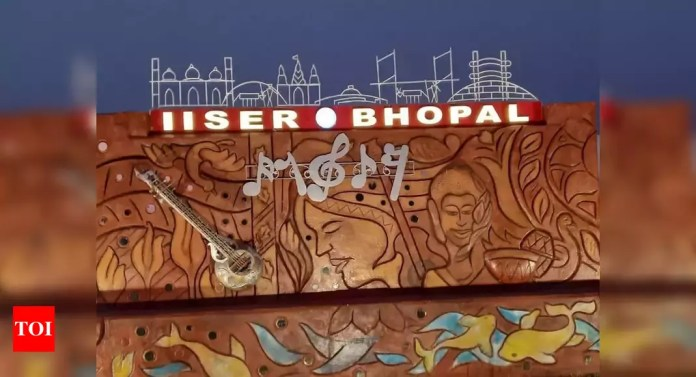 IISER Bhopal team develops affordable oxygen concentrator to meet demand during virus surge - Times of India | Latest News Live | Find the all top headlines, breaking news for free online April 26, 2021