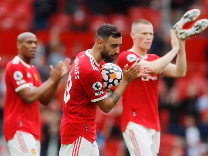 What a man, Bruno Fernandez, is. Unreal baller.   Southampton vs Man United