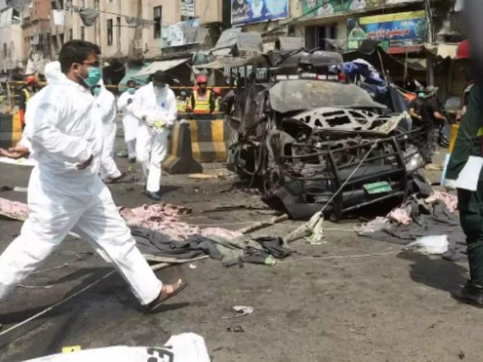 Tres muertos y 50 heridos al explotar bomba durante celebración chiita en Pakistán