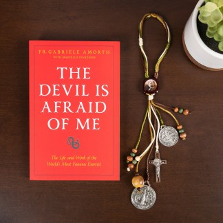 "Famous Catholic Priest Who Has Performed Thousands of Exorcisms Recounts How He Came Face to Face With the Devil in New Book ""The Devil Is Afraid of Me"""