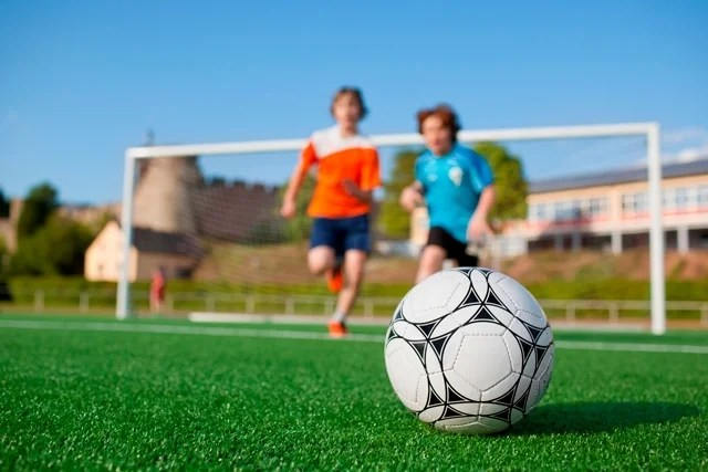 7 principais benefícios do futebol para a saúde