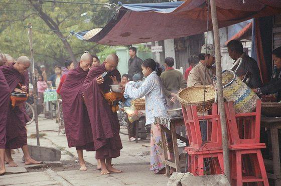 Myanmar - birmania - di sonia de simone 1