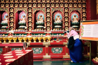 Singapore Buddha Tooth Relic Temple Lisa
