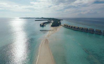 Sandbank Kuramathi Island Resort