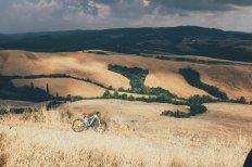 E-Mountainbike, Gewitterfront, Toskana