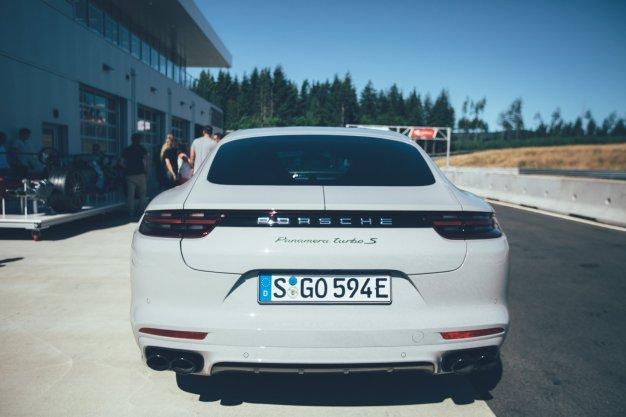 Porsche Panamera Sport Turismo Hintern