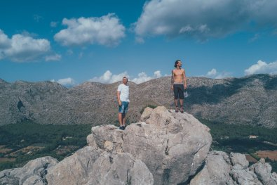 Thies und Tibor in den Bergen Mallorcas