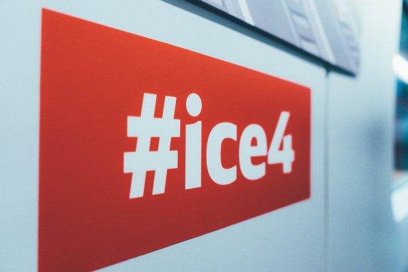 Beim Zukunftsworkshop im ICE 4