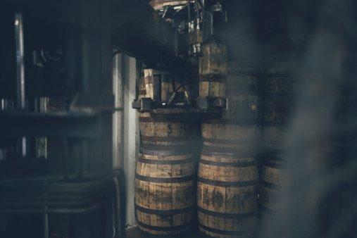Alte Bourbon Barrels werden nach Schottland verschiebt