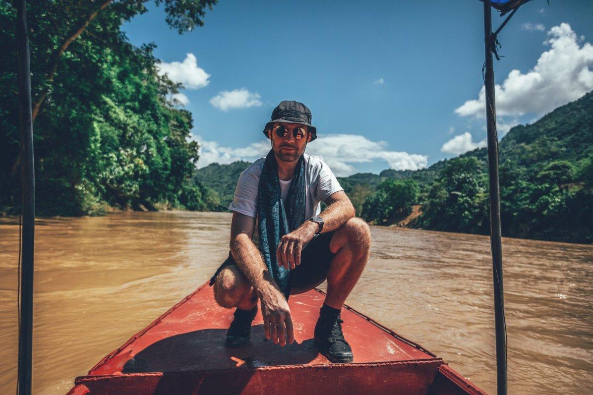 Bootstour auf dem roten Fluss