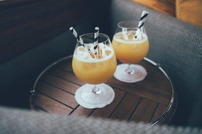 Drinks an Bord des Belmond Grand Hibernian