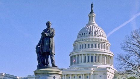 Amerykańska Izba Reprezentantów zatwierdziła prawie 700 milionów dolarów pomocy dla Ukrainy