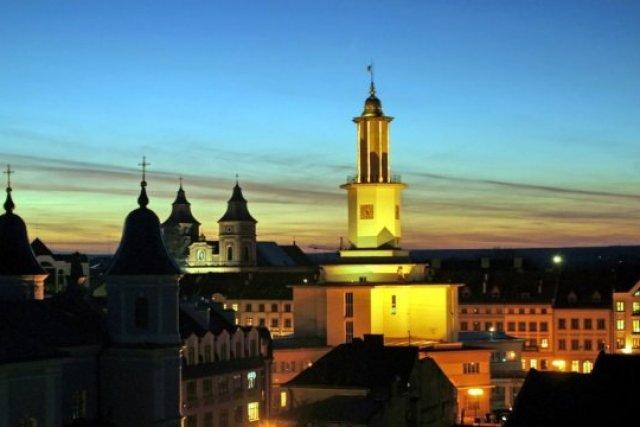 Порошенко поздравил жителей Франковска с Днем города