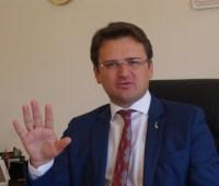 РФ должна оставаться в Совете Европы, чтобы выполнять его решения - Кулеба