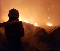 Под Полтавой ликвидируют пожар на городской свалке