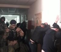 "В Одессе ""титушки"" ворвались в Укравтодор"