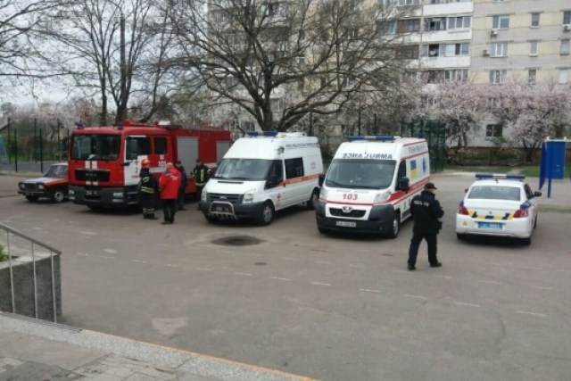 Массовое отравление учеников: в черкасской гимназии учебный процесс не останавливался