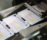 В Украине приостанавливают выдачу загранпаспортов и ID-карточек