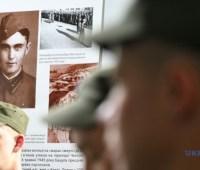 В Запорожье открылась выставка об украинцах, выживших в нацистских концлагерях