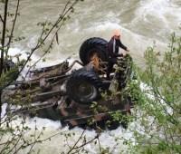 Водитель грузовика с туристами, который сорвался с 40-метрового обрыва, был пьян