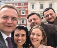 """Садовый встретился с пятью депутатами, которые выходят из партии """"Самопомич"""""""