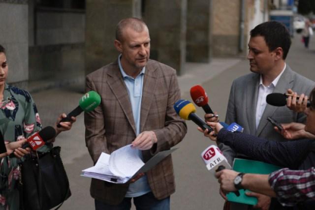 Народный фронт внес в КСУ представление о роспуске Рады