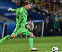 Пятов попал в символическую сборную отбора Евро-2020