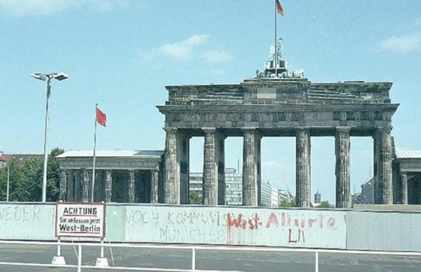 Mur Berliński w1970 roku.